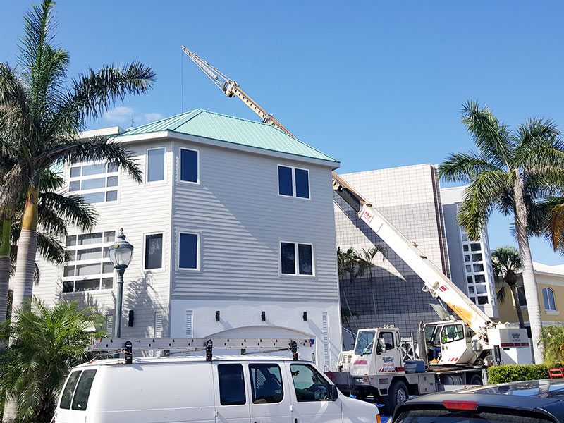 commercial roofing contractor in Sarasota, FL
